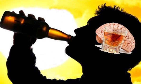 Rượu có ảnh hưởng trực tiếp và cực mạnh đến não bộ