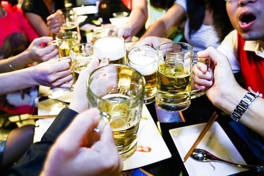 hiện tượng nói nhiều khi say rượu