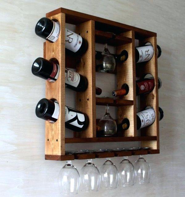Kệ đựng rượu bằng gỗ treo tường tiện dụng