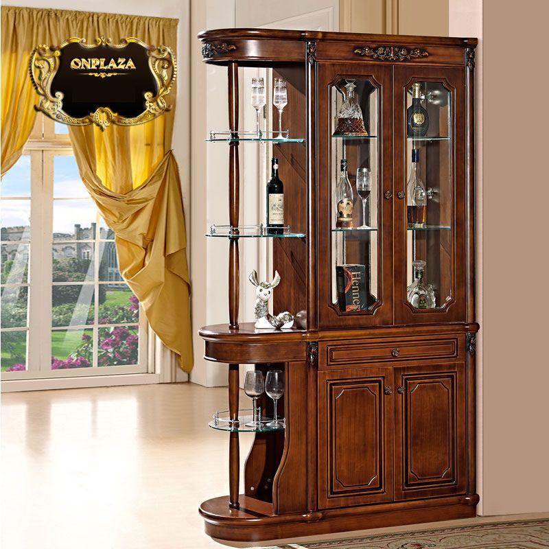 Tủ rượu kiêm một phần vách ngăn không gian trong ngôi nhà