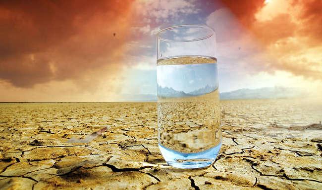 Khi uống rượu, lúc nào bạn cũng thấy khô cổ, khát nước.