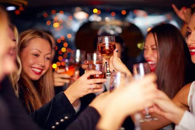 Tại sao uống rượu đã xử lý bằng máy lão hóa rượu Gipwin cơ thể nhanh phục hồi, không mệt mỏi?